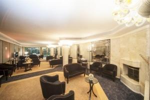 HM-lounge-1